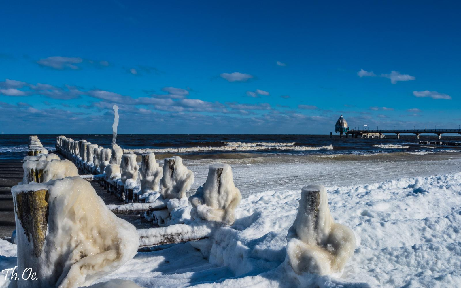 Eiszeit in Zingst am Strand