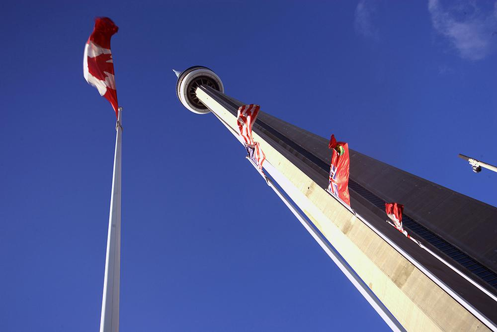 Maple-Leaf and CN-Tower / Toronto