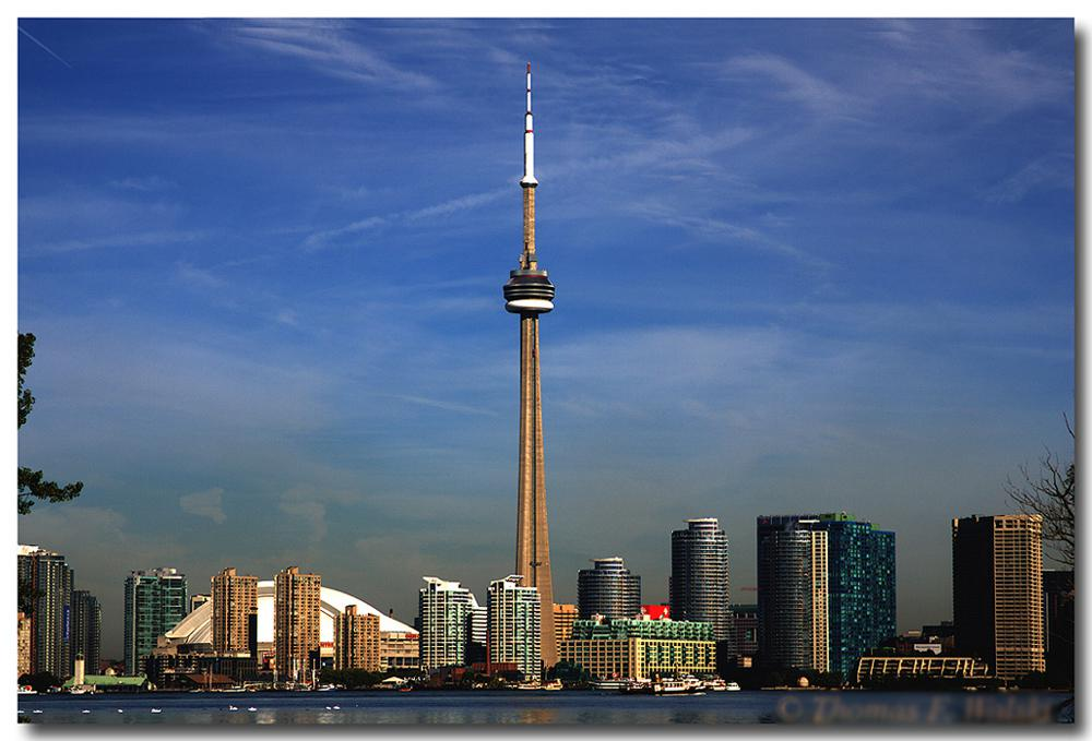Toronto CN-Tower Skyline