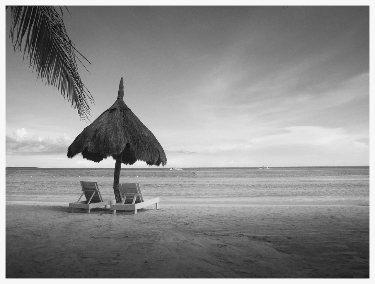 Beach Panglao in BW
